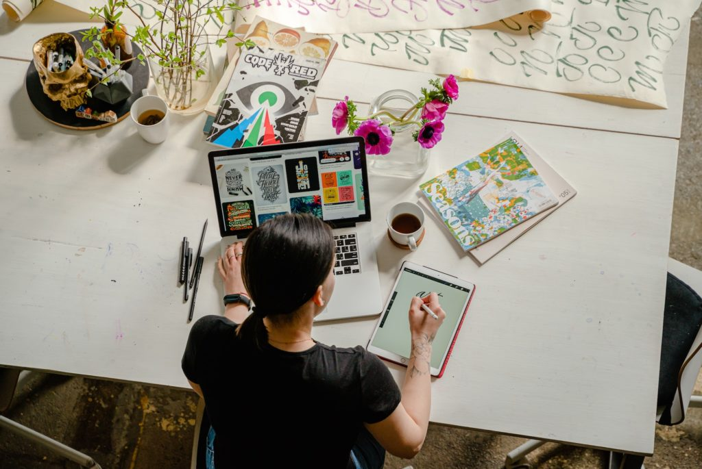 Woman working on content marketing